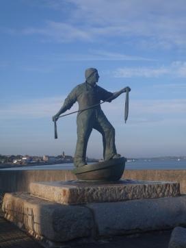 memorial to seafarers......