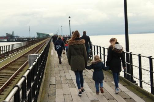 photo[3506]southend pier 3